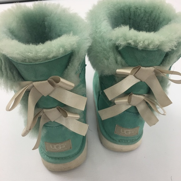 2f079e05841 Rare girls UGG Bailey Bow Boots Tiffany blue Sz 6